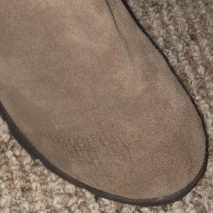 BearPaw Shoes - BearPaw heeled boot